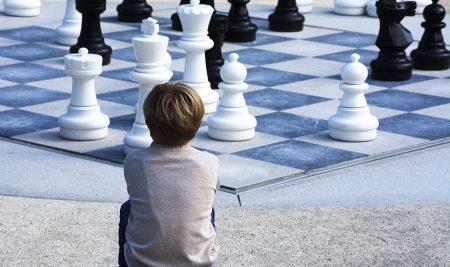 El rol de las madres y los padres en ajedrez